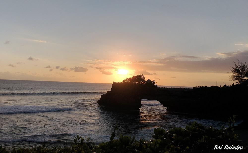 Bali Surga Bule Ganteng