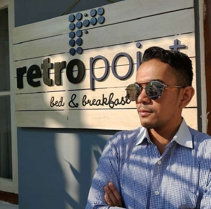 retropoint bed breakfast bandung