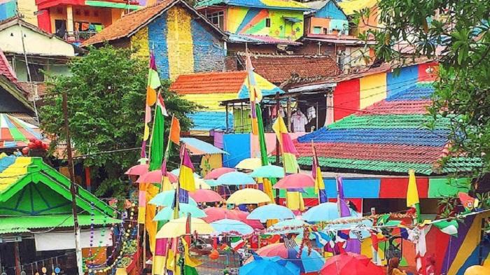 Wisata Kuliner Murah Semarang dengan Naik Kereta