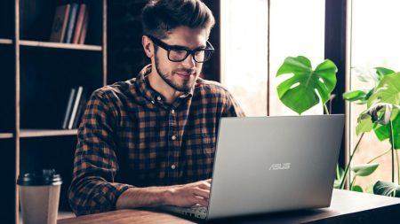 Tips Membeli Laptop Baru